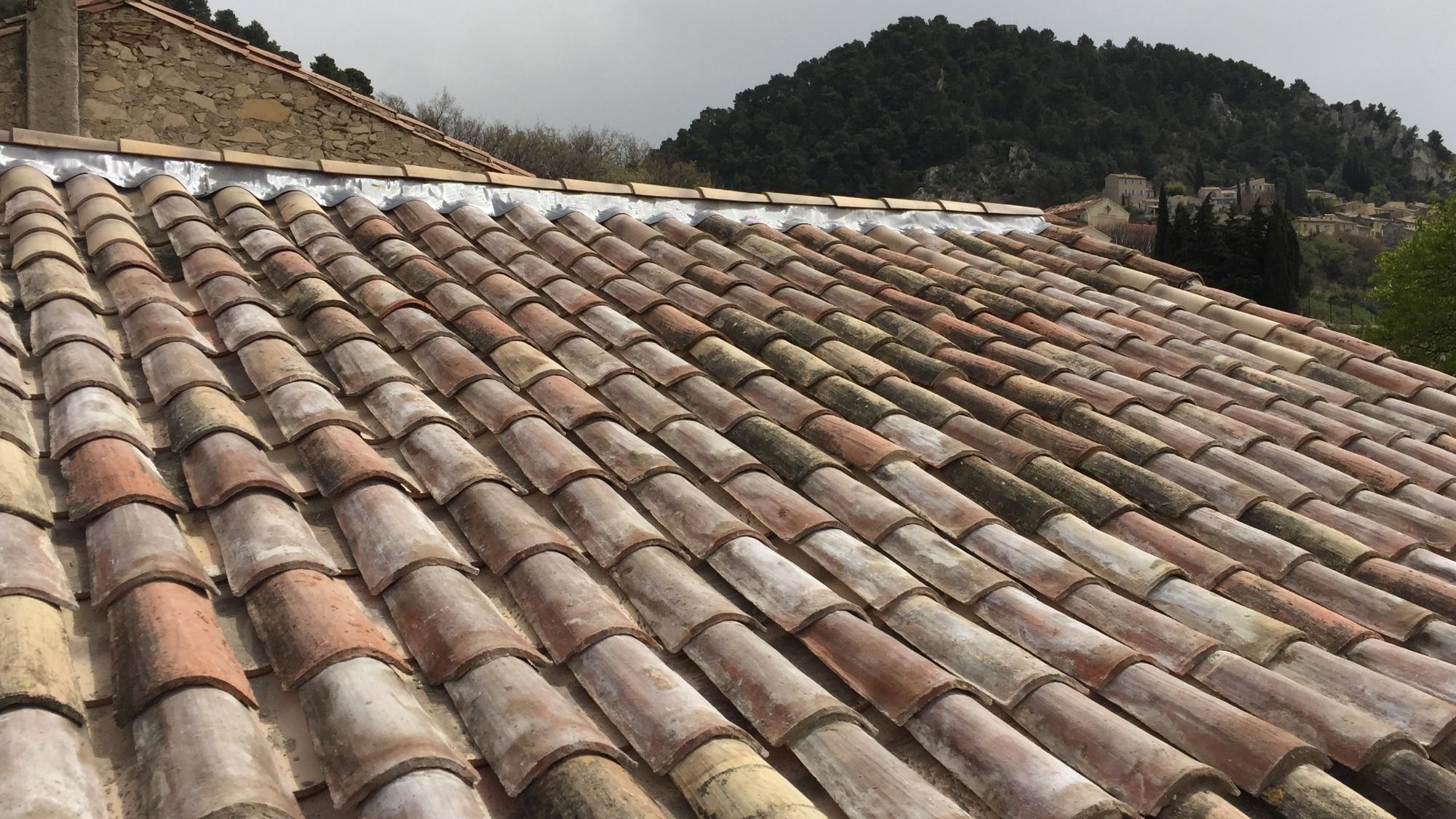 Fa tage plomb ar tiers avignon 84 orange carpentras for Mortier pour tuile faitiere