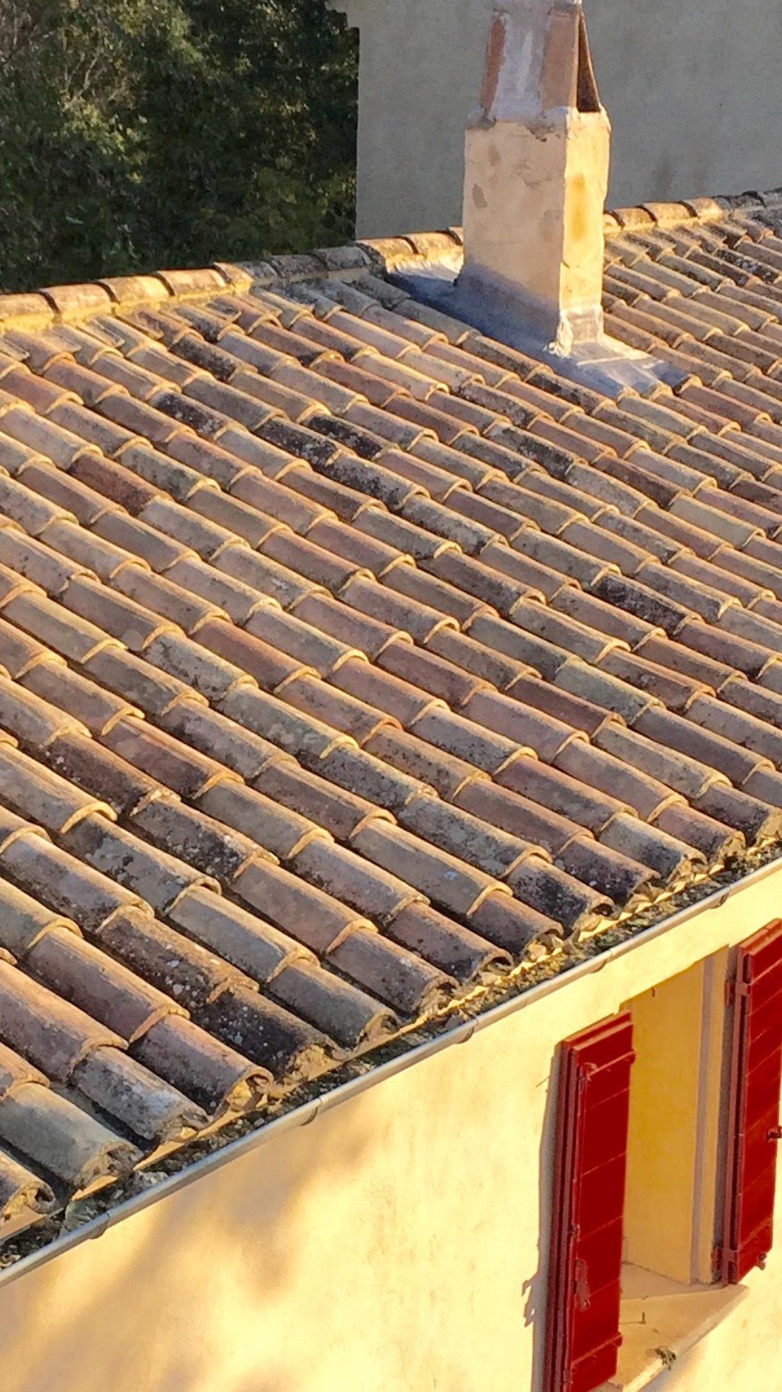 remaniement toiture prix r novation toitures avignon 84 ved ne. Black Bedroom Furniture Sets. Home Design Ideas