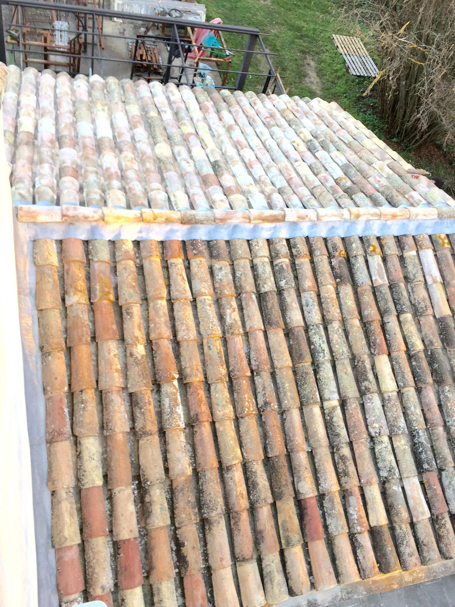 R novation toiture couverture avignon tuiles plates et for Couverture tuiles plates