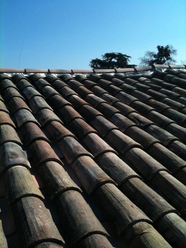 r novation toiture couverture avignon tuiles plates et canal. Black Bedroom Furniture Sets. Home Design Ideas