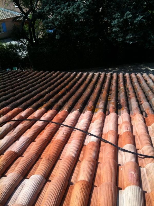 traitement des tuiles poreuses demoussage avignon 84 orange carpentras. Black Bedroom Furniture Sets. Home Design Ideas